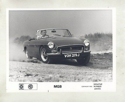 1971 MG MGB ORIGINAL Factory Photograph wy4167