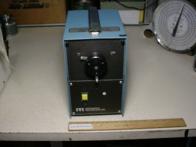 Instrument Technology 125010 Fiber Optic light source
