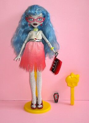 MONSTER HIGH Dawn of the Dance Ghoulia Yelps doll VGC COMPLETE rare