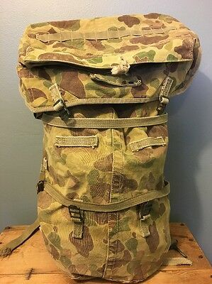 Vtg WW2 Camo Frog Skin Backpack WWII Rucksack Jungle US Army Military Combat 40s