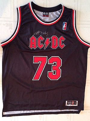 Angus Young signed ac/dc jersey chicago bulls style with psa dna coa