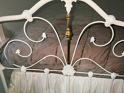 ANTIQUE IRON TWIN BED BEAUTIFUL Including Side Rails