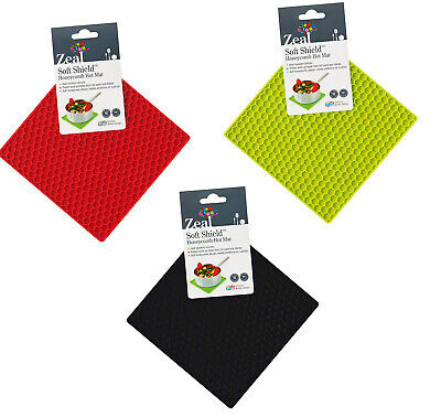 Zeal By CKS Soft Shield Honeycomb Hot Mat Silicone Lime, Black Or Red 17cm