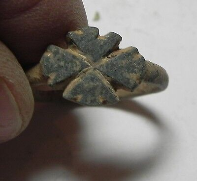 Zurqieh - Aa7448- Holy Land. Byzantine.  500 - 700 A.d . Bronze Ring With Cross.