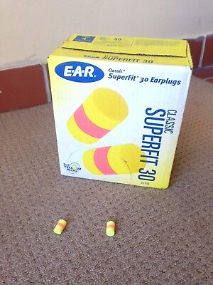 3M E.A.R Classic SuperFit 30 UnCorded Ear Plugs / 200 Pairs per Box
