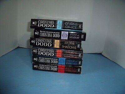 Lot Of 6 Paranormal Romance Christina Dodd*touch Of Darkness*scent Of Darkness