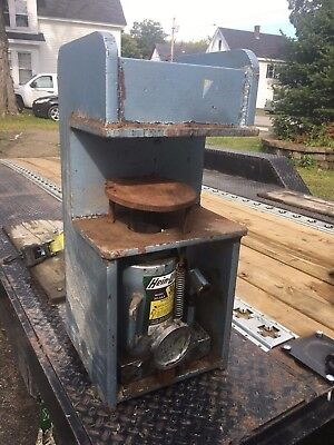 bench top C Frame 30 ton Hydraulic Press -