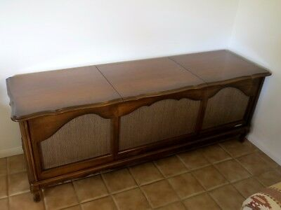 VINTAGE/ANTIQUE PACKARD BELL AM/FM Radio Record Player Stereo Console ca   1960's