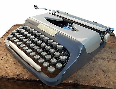 Vintage Diplomat Portable Typewriter Working & Carry Case Retro Mid Century
