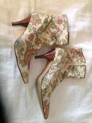 High Wood  Heel Detail Floral Brocade Fabric Booties Size 9 1/2 M