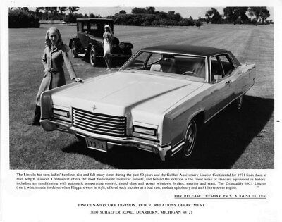 1971 Lincoln Continental Golden Anniversary ORIGINAL Factory Photo oub7389