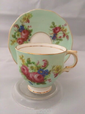 🌟 Green Duo With Roses Salisbury Bone China England  Duo Teacup & Saucer