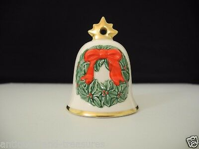 """Goebel Annual Christmas Bell Wreath Design 3rd Edition Dated 1986 Germany 3""""Tall"""