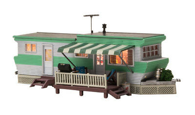 HO Woodland Scenics Grillin' & Chillin' Trailer BR5060 - Lighted!