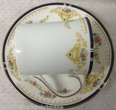 Elizabethan Coniston Hand Decorated Fine Bone China Duo Teacup & Saucer