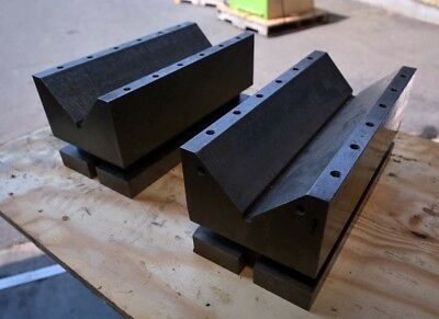 One Pair of Large Precision V-Blocks 6 x 13 (Inv.37514)