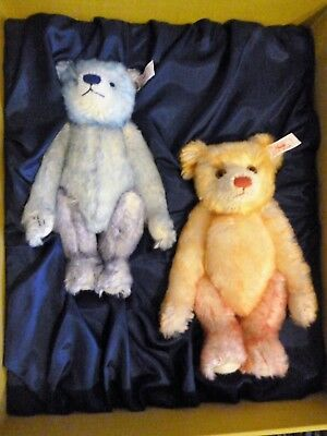 Steiff - Hello 2000 Goodbye 1999 - Collectors Bear Set - Limited Edition.