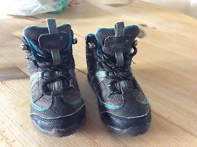 Gelert child's walking boots size 7 black/grey and blue