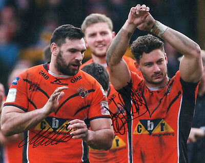 """Cook + Hitchcox Dual Hand Signed Castleford Tigers 10"""" x 8"""" Rugby League Photo."""