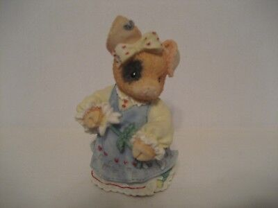"This Little Piggy (TLP) ""Sow In Love"" 1995 Enesco Figurine"