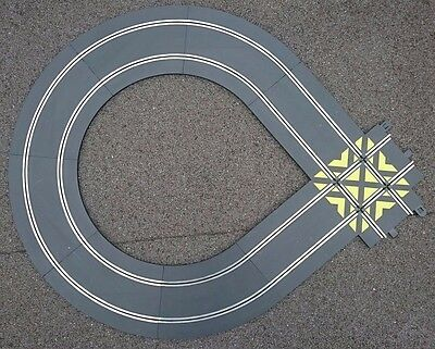 Scalextric Loop Track Extension inc. C8210 90 degree straight crossover - used