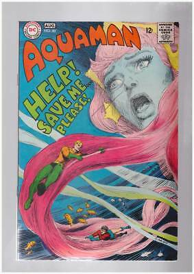 Aquaman # 40 Sorcerers of the Sea ! grade 8.0 scarce book !!