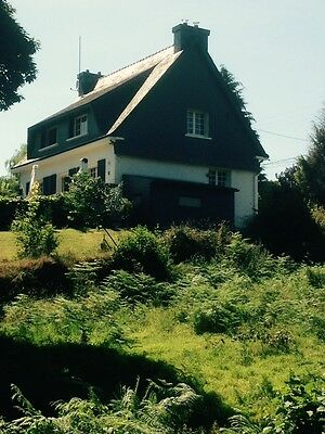 Beautiful Neo Bretton 4/5 bedroom House in Brittany with Pool and Jacuzzi