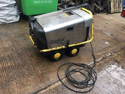 Wesley Hot Water Pressure Washer.