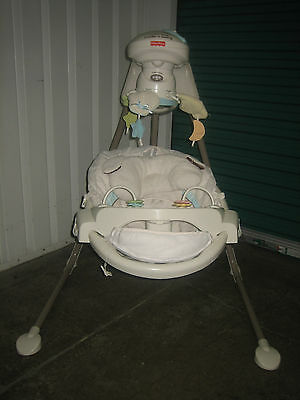 Fisher Price - My Little Lamb - Cradle and Swing
