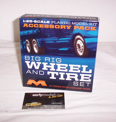 1/25 Moebius Accessory Pack Big Rig Wheel  Tire Kit Plastic Model Truck 1010 AMT