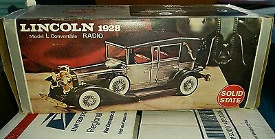 Transistor Radio - Gold 1928 Lincoln Model L Convertible  Amico, Japan - WORKS