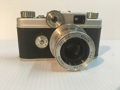 Argus  C-44 C Forty Four 35mm camera 50mm lens with case for parts or repair.