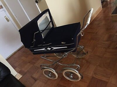 Vintage 2 in 1 Perego Basinet/seat In Basket Stroller. Made In Italy. Excellent