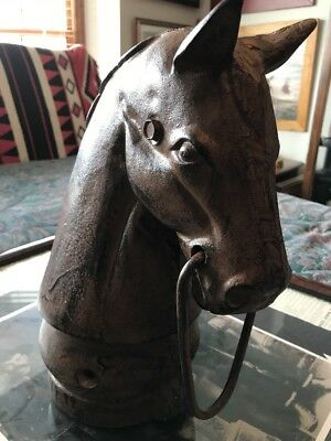 Cast Iron Horse head hitching post In Great Condition