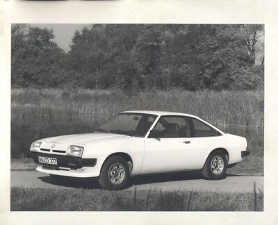 Opel Manta E ORIGINAL Factory Photograph wy5312