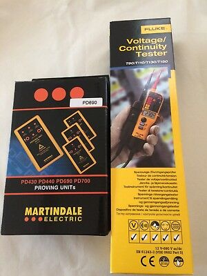 FLUKE Voltage/Continuity Tester with MARTINDALE ELECTRIC Proving Unit