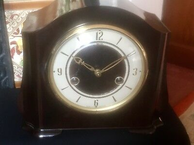 VINTAGE 8 day SMITHS BAKELITE ART DECO  STRIKING MANTEL CLOCK