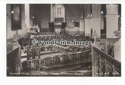 tq2200 - Norfolk - Flooded Interior of Trouse Church, Norwich Floods - postcard