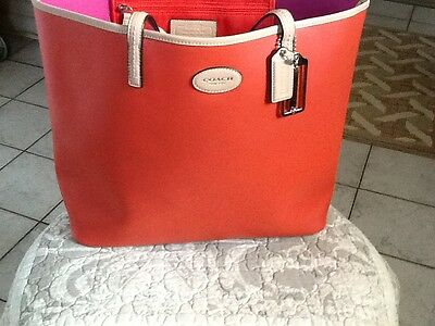 Authentic Euc. Coach Red Tote  Handbag!!!!!!!!