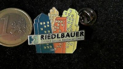 Cebit IT Gamescom Pin Badge Riedlbauer gmbH