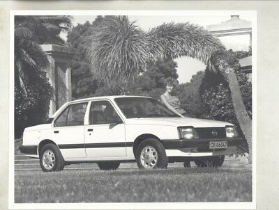 1983 Opel Rekord & Model in South Africa ORIGINAL Factory Photograph wy5525