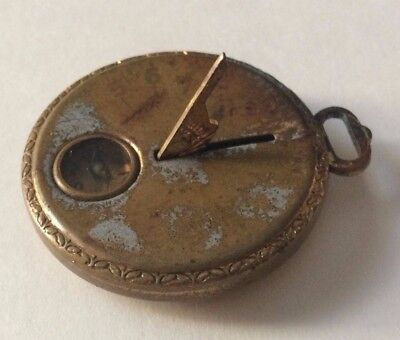 Robbins Co. Vintage Pocket Sundial with Built-in Compass Circa 1920