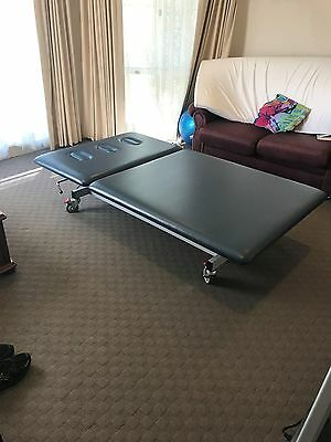 ABCO Health Care Electric lift Professional massage,  physio or osteo table