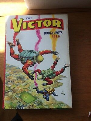 Six Victor Boys Annuals Years 1964,66,67,68,69,70