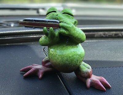 Kitty's Critters 8483 Willy - Harmonica Frog Playing Harmonica Figurine  Willy!