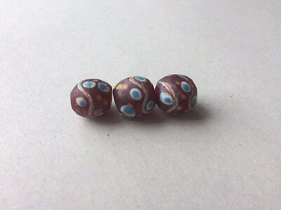 Venezianische Glasperlen - Ultra rare red Venetian fancy eye trade beads