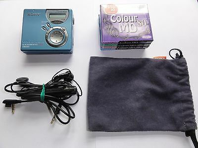 Sony Walkman MZ-N520 Type-S Minidisc Player with Remote, earphones +4 New Discs.