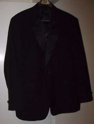 Formal Fashions Tux_Suit Jacket and Accessories Men's 44R