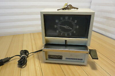 Vintage Time Clock Cincinnati Time Recorder Co.  010011SS With Keys Works