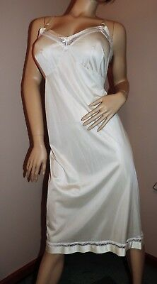 Vintage Full Slip SALE EVERY STYLE EVERY SIZE by Lorraine Light Beige EXC 44
